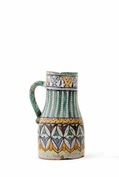 Ghorraf du XIXe siècle  la panse décorée...