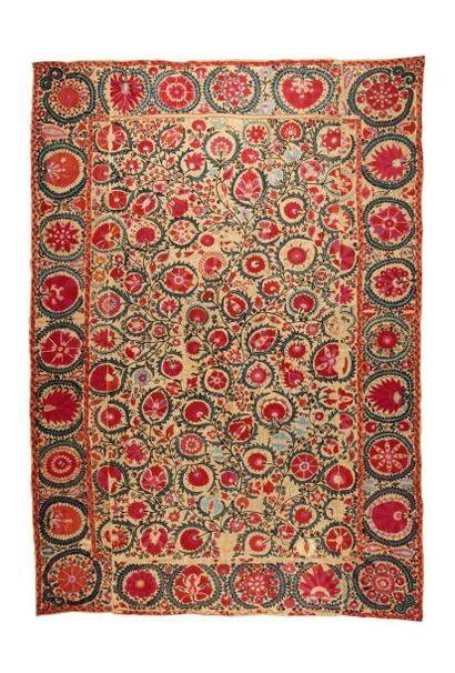 Suzani uzbek, probablement Bukhara  Broderie...