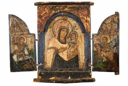 Triptyque  Au centre la Mère de Dieu hodighitria,...