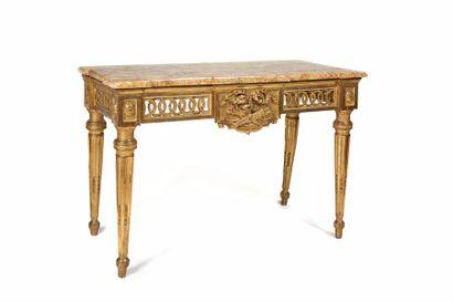 Table-console d'applique en bois sculpté...