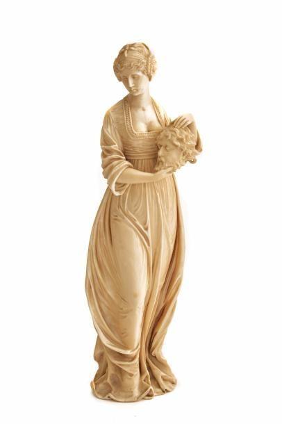 Salomé  Statuette en ivoire présentant Salomé...