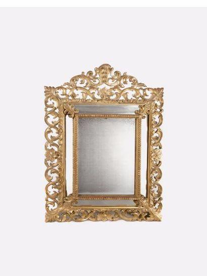 Miroir à parcloses de forme rectangulaire...