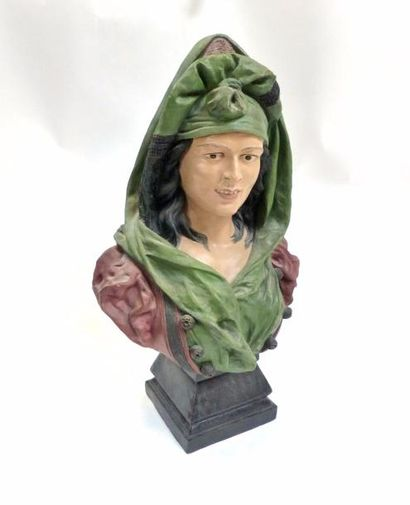 Buste de femme habillé à l'oriental, turque...