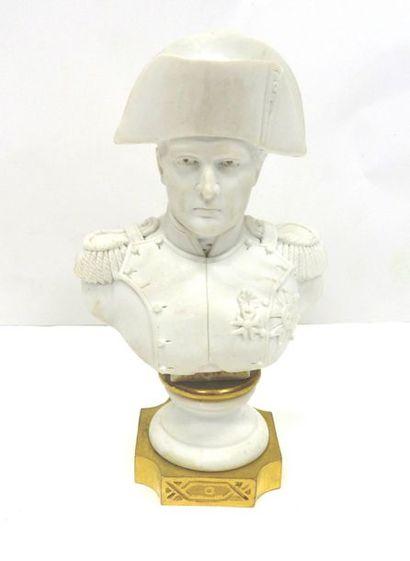 Buste de Napoléon 1er en biscuit  Schrift:...