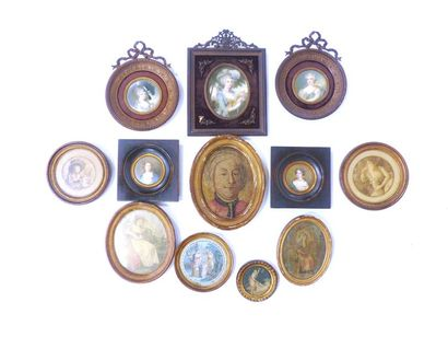 Lot de 12 miniatures, portraits divers XVIIIème...