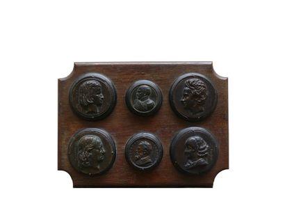 Pierre Jean DAVID D'ANGERS (1788-1856)   Ensemble de six médaillons en bronze à...