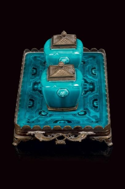 Théodore DECK (1823 - 1891)  Encrier de bureau en faïence émaillee bleue turquoise...