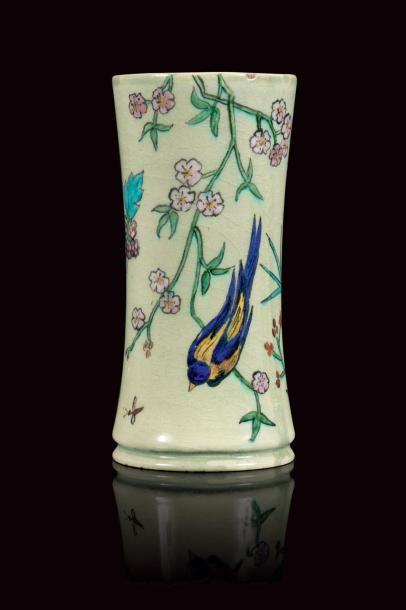 Théodore DECK (1823 - 1891)  Vase rouleau...