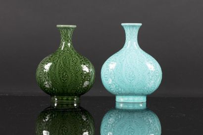 Théodore DECK (1823 - 1891)  Vase balustre...
