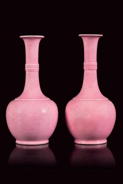 Théodore DECK (1823 - 1891)  Paire de vases...