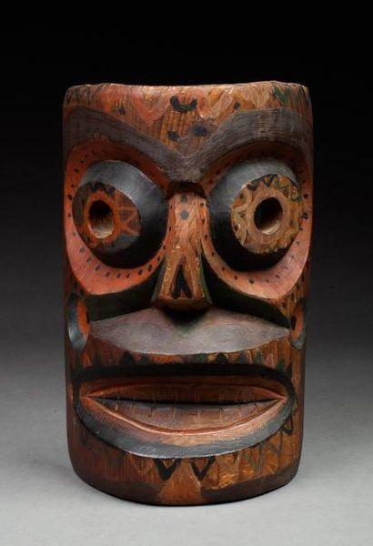 Masque de sculpteur représentant la tête...