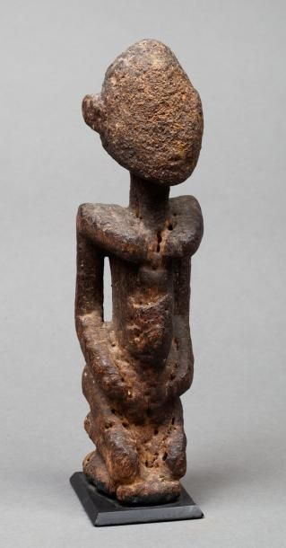 Statue dogon  bois.  H.:21 cm