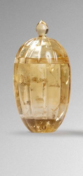 Coffret indien  en cristal de roche légèrement...
