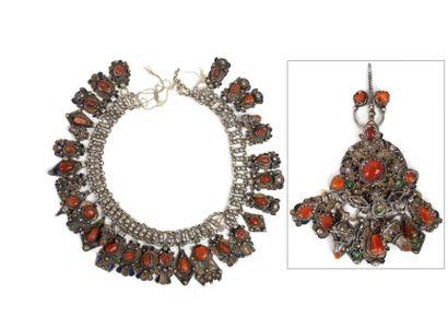 Parure kabyle composée d'un collier et d'une...