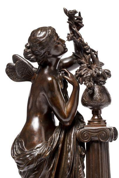 """Mathurin MOREAU (1822 - 1912)  """"L'aurore""""  Bronze à patine médaille sur un socle..."""