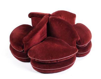 Canapé borne à quatre assises modulables...