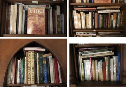 Environ 120 volumes reliés et brochés fin XIX et cartonnés moderne (Léonard de Vinci,...