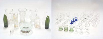 Lot en verre comprenant vases, pichet, saladier,...