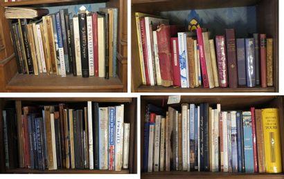 Environ 110 volumes brochés et cartonnés modernes (Voyages, France, Loire, Touraine,...