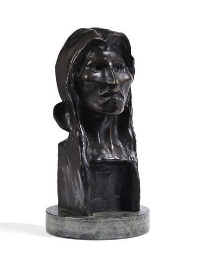 D'après Frederic REMINGTON  Le sauvage  Bronze...