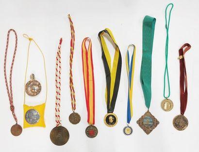 Lot de médailles commémoratives sur le rhum,...