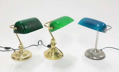 Lot de trois lampes de bureau modernes en...
