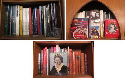 Lot d'environ 60 volumes dont :  - grands volumes cartonnés modernes (Atlas, histoire,...