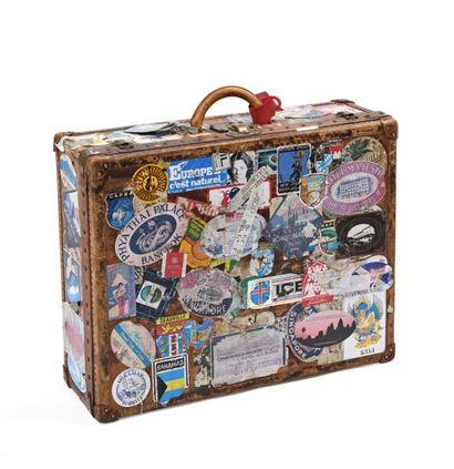 Louis VUITTON, valise en cuir avec monogramme...
