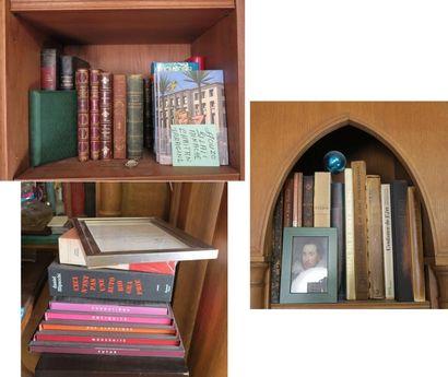 Lot d'environ 25 volumes comprenant :  -...