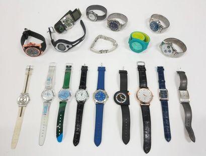 Lot de montres diverses dont Guess, Lip.