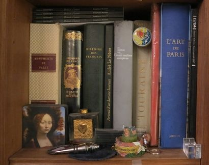 9 grands volumes cartonnage moderne, 19e et 20e dont JOB Les mots historiques du...