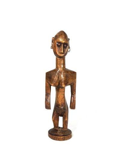 Statuette féminine de la société initiatique...
