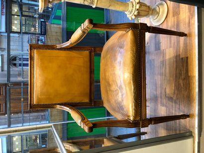 Fauteuil Louis XVI en bois naturel