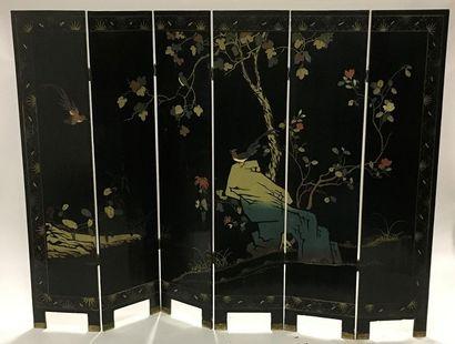Paravent en laque de Coromandel à six panneaux  182 x 40,5 cm (un panneau)  Mod...