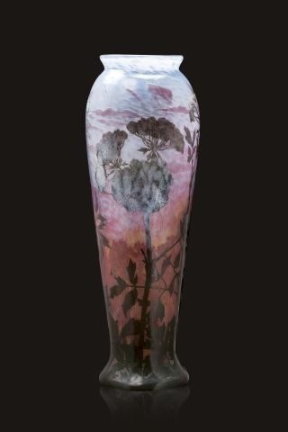 DAUM Frères - Nancy « Grande berce du Caucase » Exceptionnel haut vase balustre...