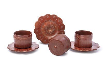 Trois rares tasses de Tophané, signé Kazim...