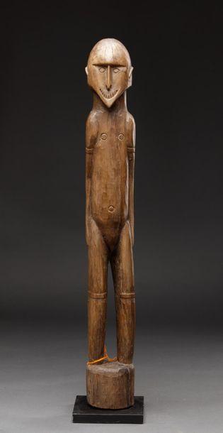 Rare statue anthropomorphe présentant un...