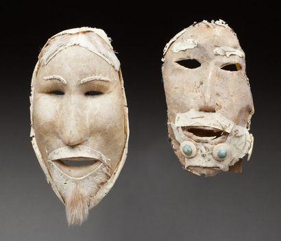 Masque de danse chamanique présentant deux...