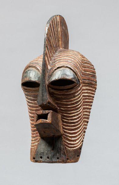 Masque de danse initiatique Kifwebe de type...