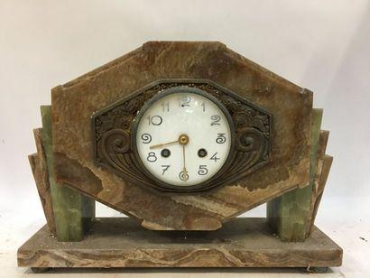 Pendule de cheminée en marbre  Art Déco  26...