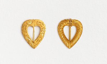 Charmante broche cœur en or jaune 18k (750...