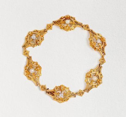 Ravissant bracelet en or jaune 18k (750 millièmes)...