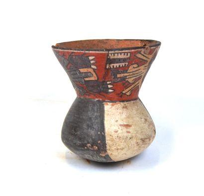 Vase à panse étranglée avec décors de divinités...