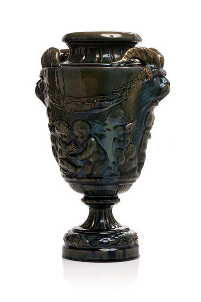 Clément MASSIER (1844 - 1917) Vase dit