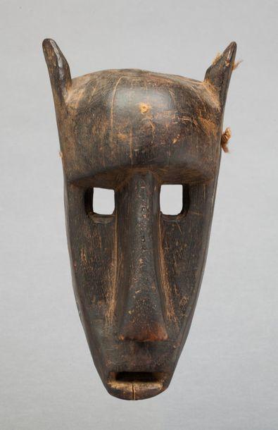 Masque hyène de la société initiatique du...