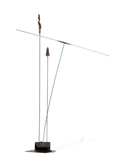 TAKIS (né en 1925) Signal, 1969 Fer peint...