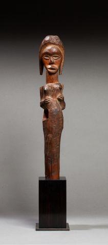 Sceptre cultuel présentant un buste féminin...