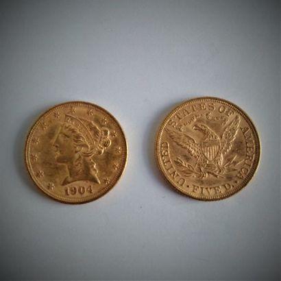 6 pièces de 5 dollars en or