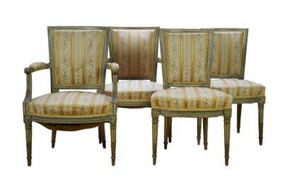 Ensemble de deux fauteuils et de deux chaises...