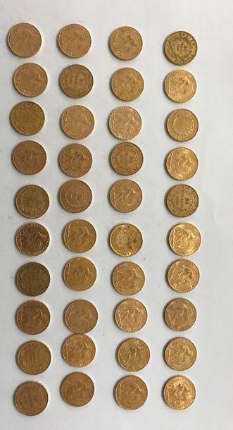 40 pièces de 20 Frcs or